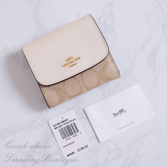 premium selection beb1b 7c487 Coach F87589 Small Wallet in Signature Canvas NWT